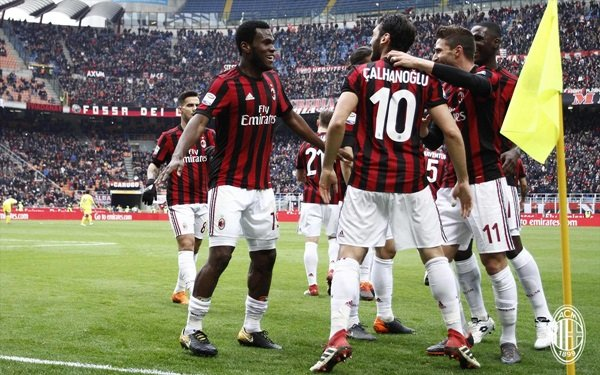 All about Football Team Falcone Via Falcone 7 Milano - kidskunst.info 238a8f74897