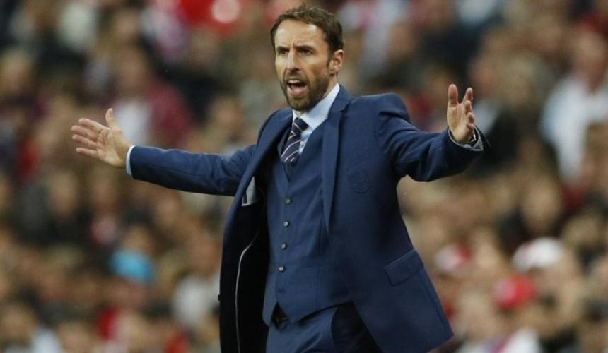 ข่าว เซาธ์เกตเผยคุมเข้มอาหารนักเตะอังกฤษในช่วงฟุตบอลโลก
