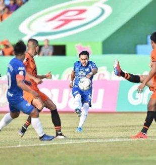 อ่าน ข่าว พีที ประจวบ เอฟซี 0-2 ชลบุรี เอฟซี