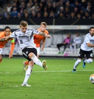 อ่าน ข่าว เยอรมัน 2-4 เนเธอร์แลนด์