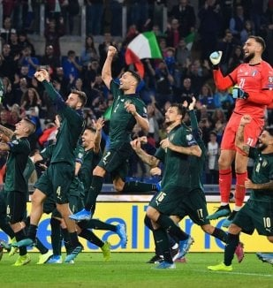 อ่าน ข่าว มันชินี่ ภูมิใจอิตาลีทะยานตีตั๋วยูโร 2020 สำ...