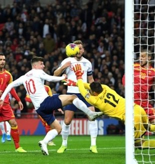 อ่าน ข่าว อังกฤษ 7-0 มอนเตเนโกร