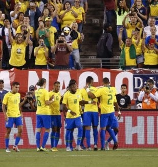 อ่าน ข่าว ตัดเกรด ! คะแนนผู้เล่น บราซิล หลังเอาชนะ สห...