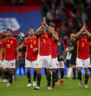 อ่าน ข่าว ตัดเกรด ! คะแนนผู้เล่น สเปน หลังบุกเอาชนะ อ...