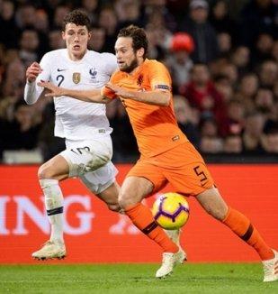 อ่าน ข่าว เนเธอร์แลนด์ 2-0 ฝรั่งเศส