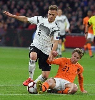 อ่าน ข่าว เนเธอร์แลนด์ 2-3 เยอรมัน