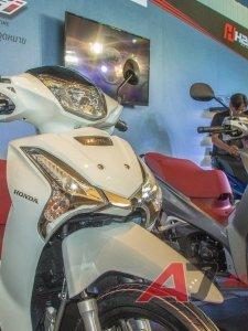 ฮอนด้า เปิดตัวรถจักรยานยนต์ยอดนิยม All New Wave 125i ครั้งแรกกับดีไซน์ใหม่