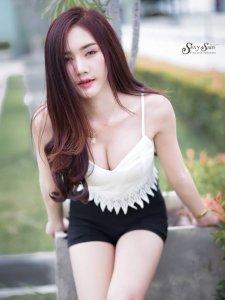 (รูปภาพ เซ็กซี่ 18+) - ลู ก น้ า ม