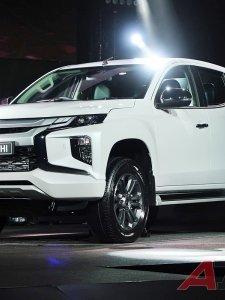 Mitsubishi Triton Big Minor Change หล่อใหญ่….กระบะพันธุ์เข้ม เริ่ม 524,000 บาท