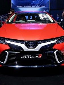 พาชมรอบคัน...ภายนอก-ภายใน Toyota Corolla Altis GR-Sport ใหม่