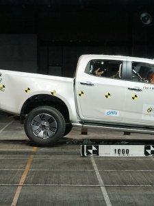 ดีสุดสุด !! All New ISUZU D-MAX ปิกอัพพลิกโลก คว้าที่สุดความปลอดภัยระดับ 5 ดาว