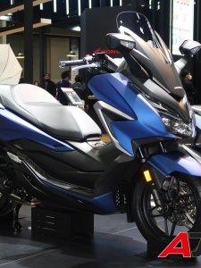 AP Honda ส่งรถมอไซค์ 2 รุ่นใหม่ All New Forza350 และ CT125
