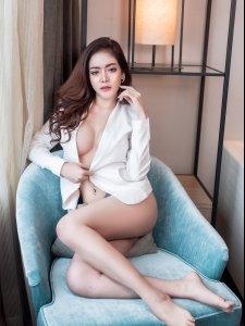 (รูปภาพ เซ็กซี่ 18+)<br> • Chair •