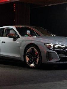 New Audi e-tron GT พลังไฟฟ้าล้วน แรงประหยัดในคันเดียว เริ่มต้น 6.39 ล้าน